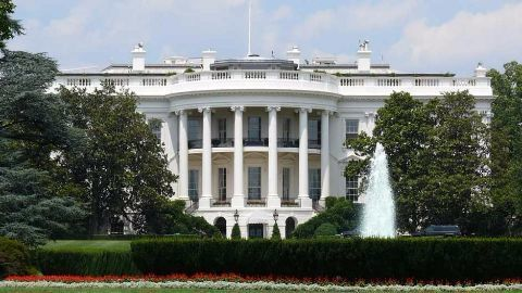 Obama invites Ahmed to White House