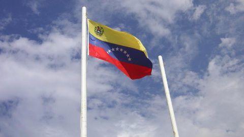 Opposition wins parliamentary majority in Venezuela