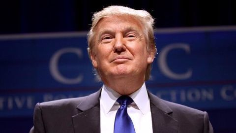 Donald Trump: Bar entry for Muslims to US