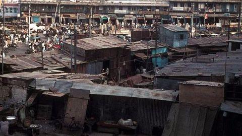 Railways demolish 500 shanties; baby dies