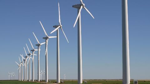 Australia lifts wind power investment ban