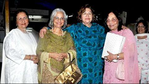 Actress Sadhana passes away at 74