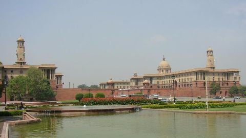 Construction, early history of the Parliament