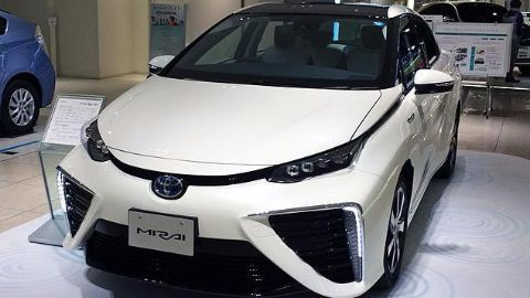 Fuel cell cars which run on hydrogen