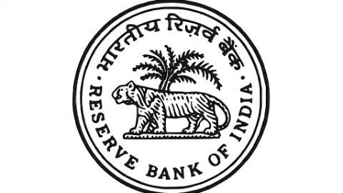 RBI does not want government shareholding in ARCs