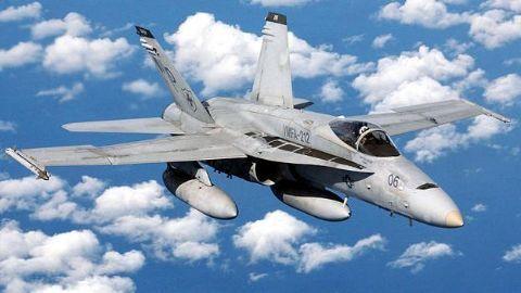 Boeing looking to clock billion dollar fighter jet deal