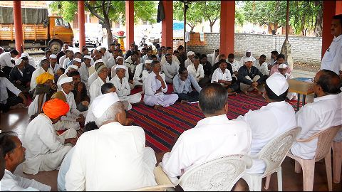 Bisada Panchayat wants lynched Ikhlaq's family booked for cow slaughter