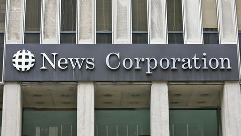 News Corp splits into two
