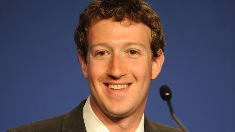 Zuckerberg signs Bill Gates-Warren Buffett's