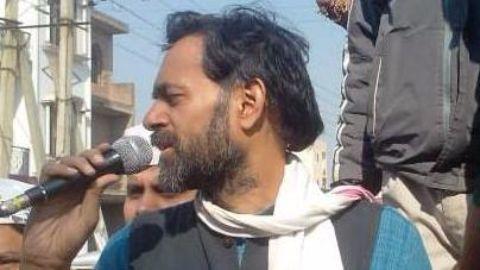 Prashant Bhushan, Yogendra Yadav to launch new party