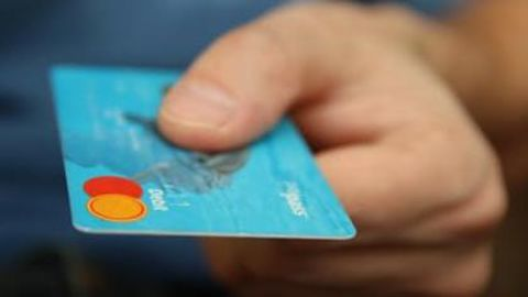 Merchants can now accept card payments through Paytm app