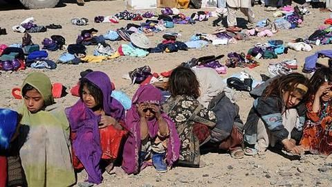 50,000 Rohingya Muslims flee to Bangladesh
