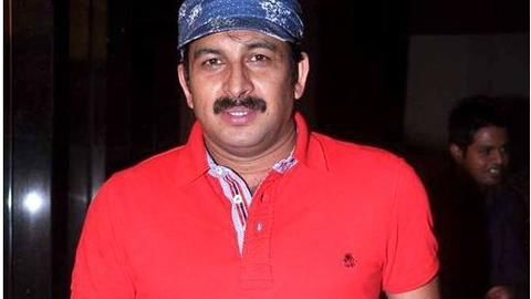 Manoj Tiwari urges Kejriwal to focus on Delhi's development