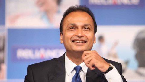 RCom: Merging the competition