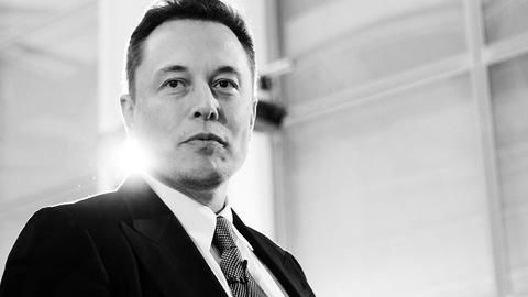 Musk's Multibillion-Dollar Tesla Comp Plan Is Shrewd Marketing Amid Rocky Patch