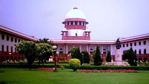 Constitution Bench of Supreme Court starts hearing petitions challenging Aadhar