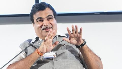 Did Gadkari insult the Navy?