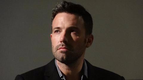 Ben Affleck apologizes for 'groping' MTV's Hilarie Burton