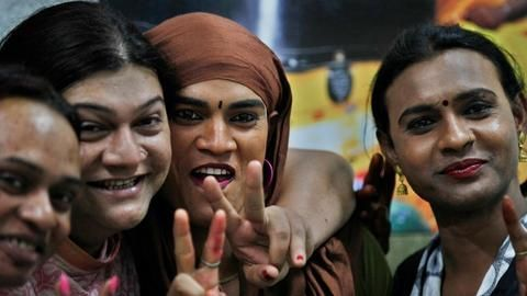 Bengaluru Mayor promises home loans to transgender community