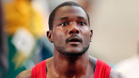 Bolt wins 100m gold In Beijing