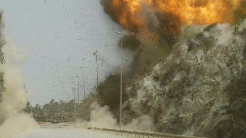 7 blasts shake the Indian financial capital