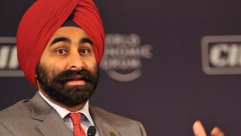 Fortis Healthcare co-founder to step down
