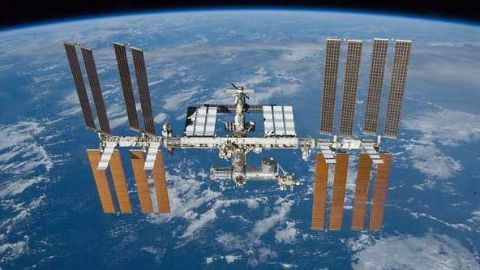 ISS celebrates 15 years of astronaut inhabitation