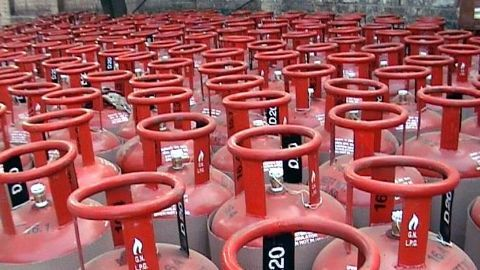 LPG subsidy may soon be linked to income