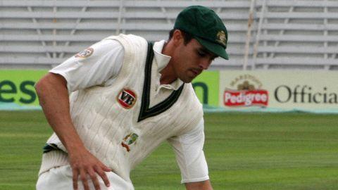 Mitchell Johnson announces retirement