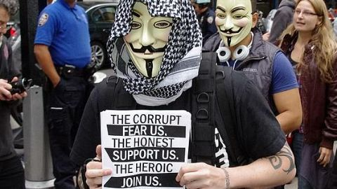 Anonymous equips layman to join war against IS
