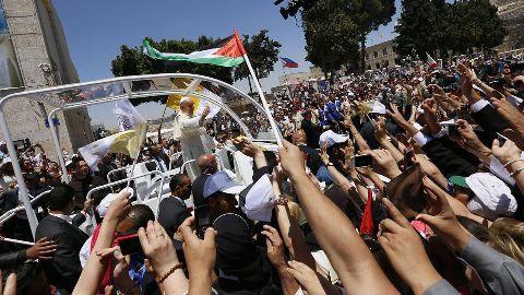 Pope Francis addresses Mass in Kenya