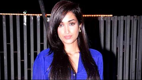 Jiah Khan commits suicide