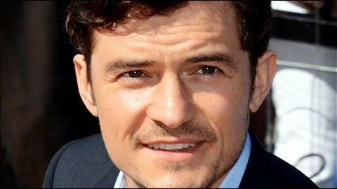 Orlando Bloom back in India, visits Taj Mahal