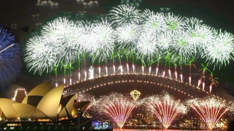 Massive fireworks at Sydney Harbour