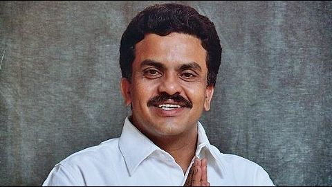 Sanjay Nirupam gets show-cause notice over editorial gaffe
