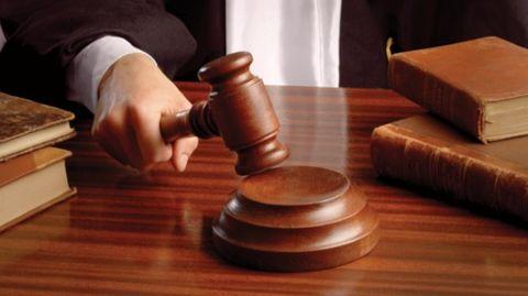 Jaya gets 4 years jail, Rs. 100 crore fine