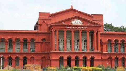 Jayalalitha acquitted by the Karnataka High Court