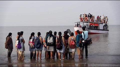 Maharashtra: Boat with 40 children capsizes in Dahanu