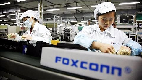 China: Students illegally working overtime to build Apple iPhone X
