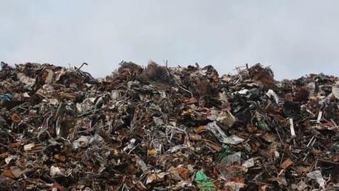 Garbage in east Delhi keeps piling on