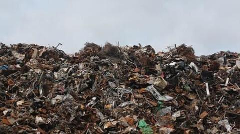 Piled up garbage raises fear of diseases