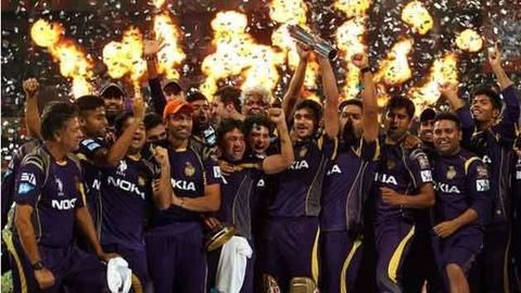 How did KKR manage a turnaround?
